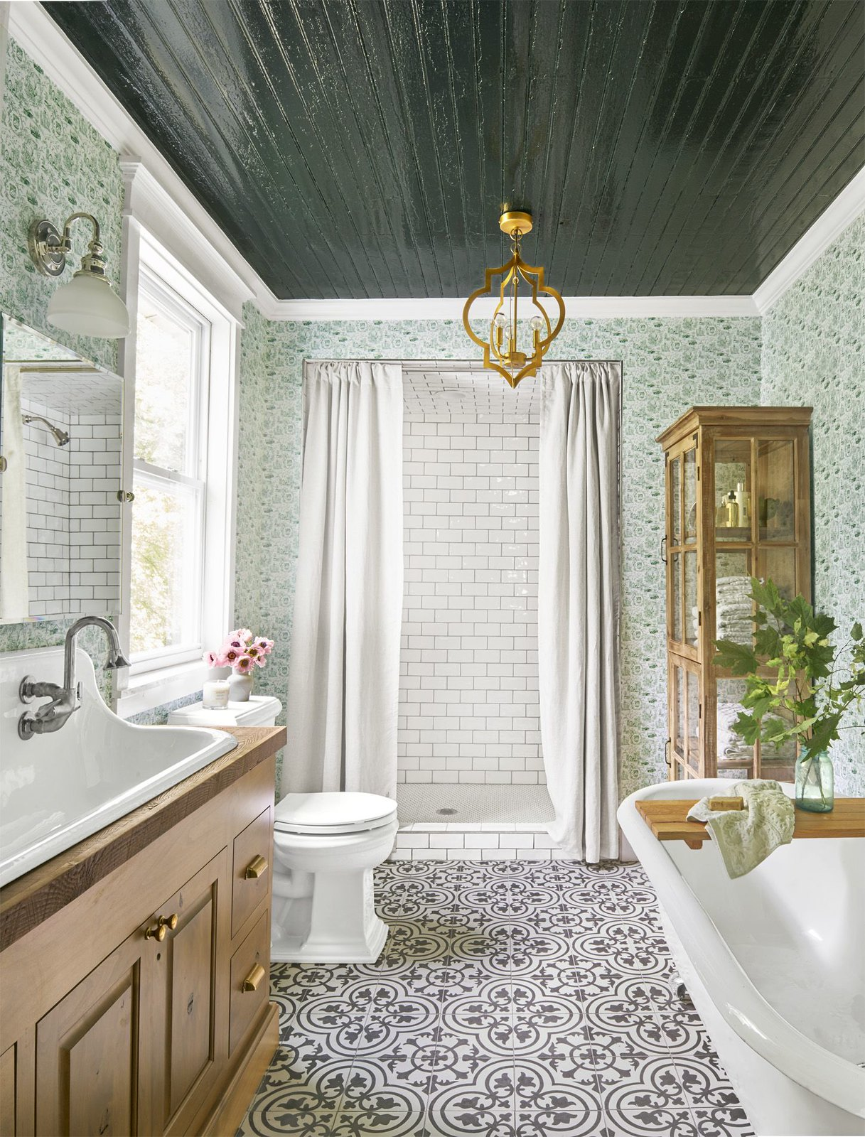 Southern 19th Century Bathroom Renovation | Green Floral Wallpaper | Black White Tiled Floor | Black Glossy Ceiling | Southern Charm Bathroom