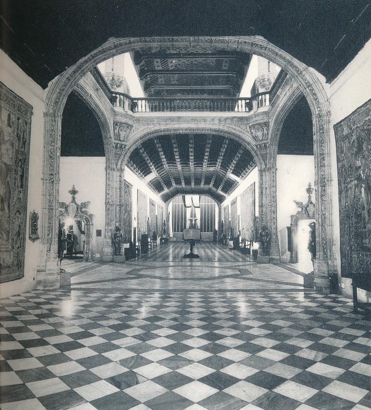 Hospital de Santa Cruz de Toledo hacia 1970. Fotografía de Mario Carrieri.