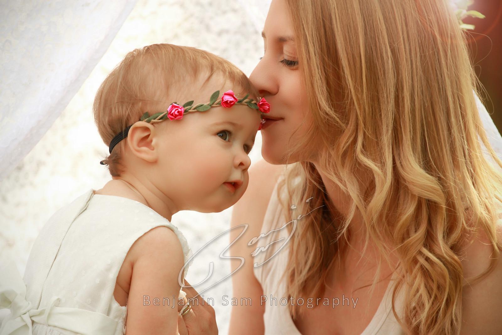 Kiss LR