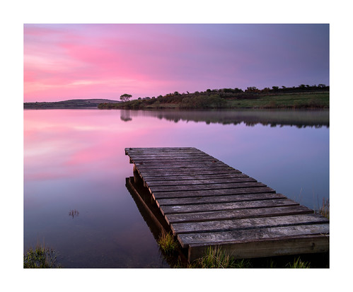 stithians lake reservoir jetty boards sunrise dawn daybreak april outdoor nature reflections water longexposure pink purple sky cornwall uk england gb