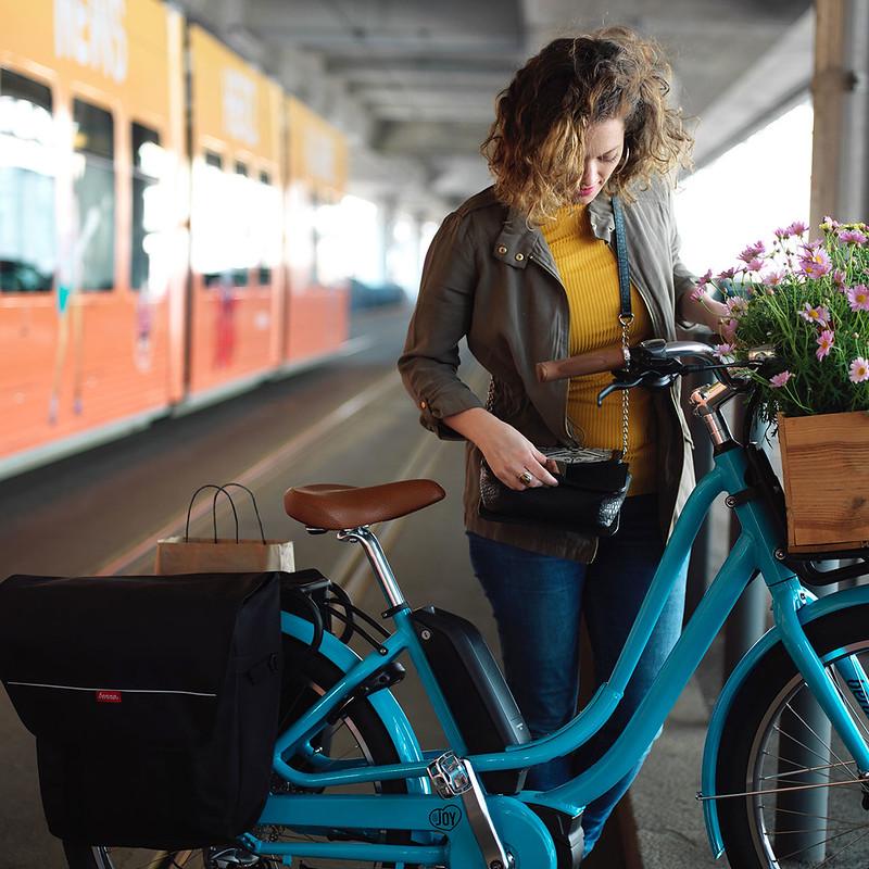 Benno Bikes eJoy cargo ebike in Zurich 20