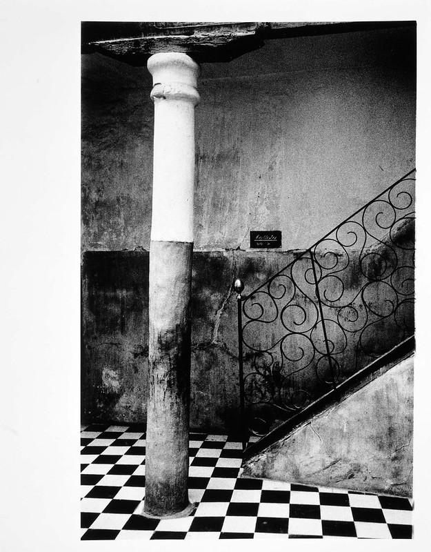 Patio de Toledo en 1966. Fotografía de Paco Gómez. Museo Nacional Centro de Arte Reina Sofía, signatura AS10792