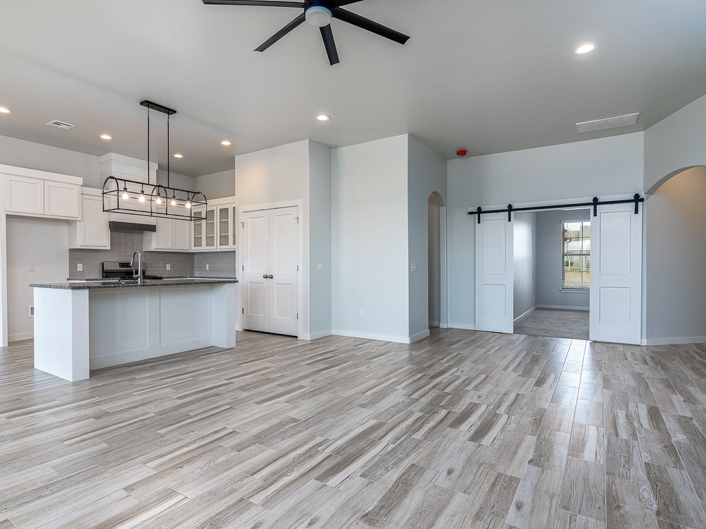 Rockewell Parke - 15817 Langley Way Edmond - This gorgeous ...