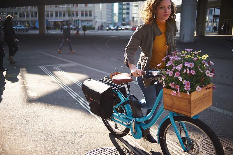Benno Bikes eJoy cargo ebike in Zurich  11