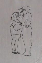 B9 Compasión - ,Mujer con policía [Carmen Elena Trigueros]