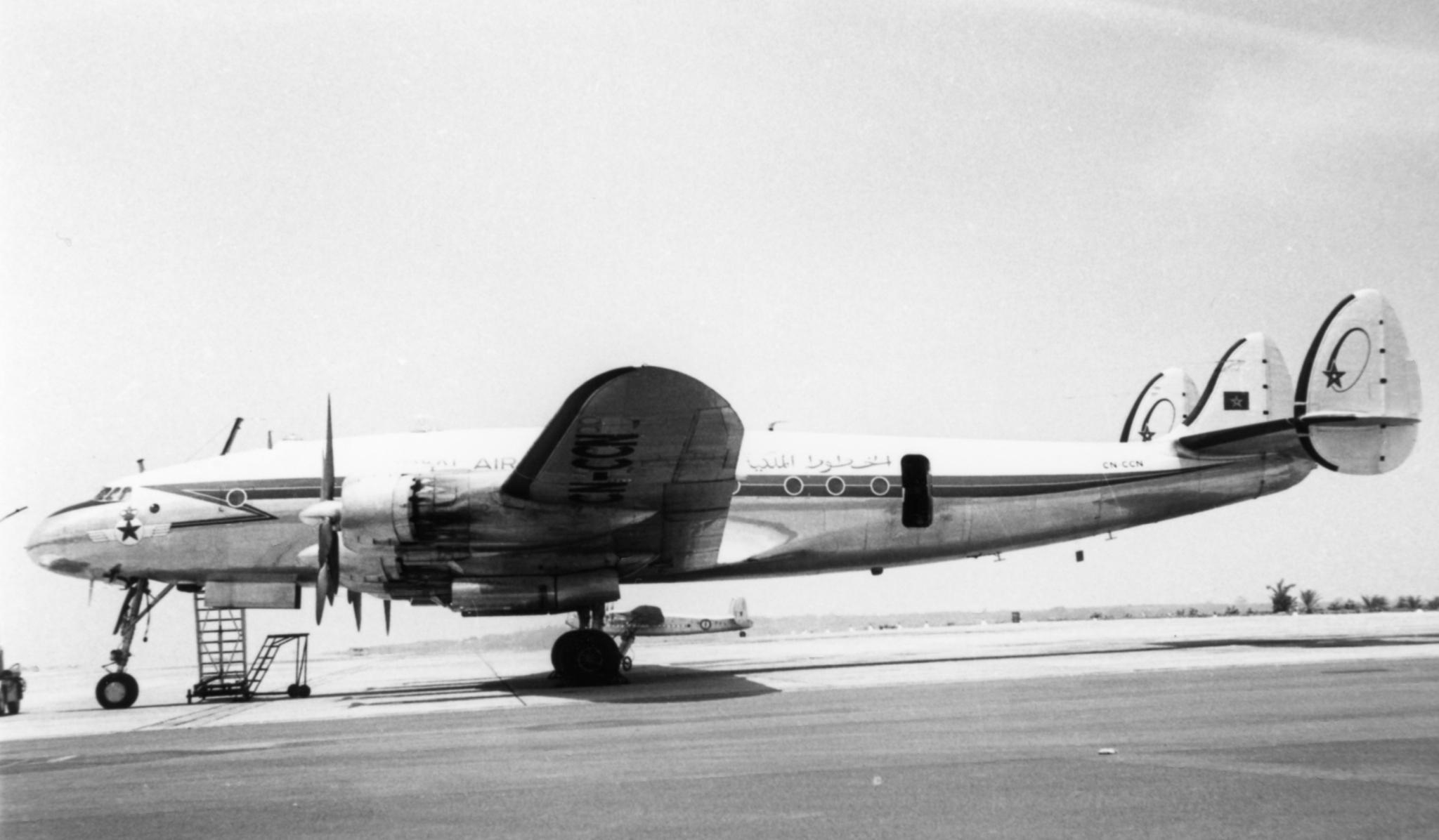 Anciens avions de la RAM - Page 4 49807745522_ff7f2805ac_o_d