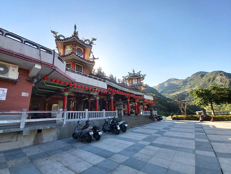 Hike starts from Quanji-Temple