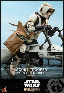 可以把孩子裝進背包裡帶著走! Hot Toys – TMS017 - 《曼達洛人》帝國偵察兵&反重力機車 Scout Trooper and Speeder Bike 1/6 比例人偶套組