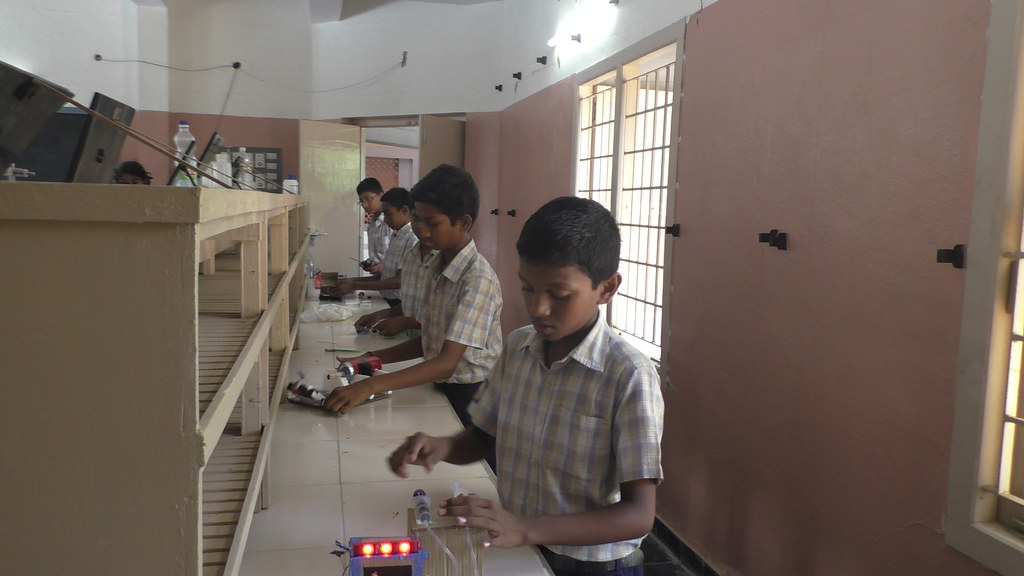 Science Exhibition - 13-10-2018 Day-2 (11)