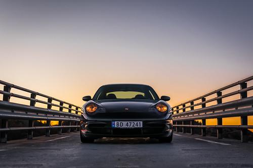 porsche 911 sportscar car carrera 996 auto automobile automobiles automotive autos cars sunset symmetrical bridge goldenhour norway nikon d3400 35mm f18 2002 transportation bømlo stord vestland