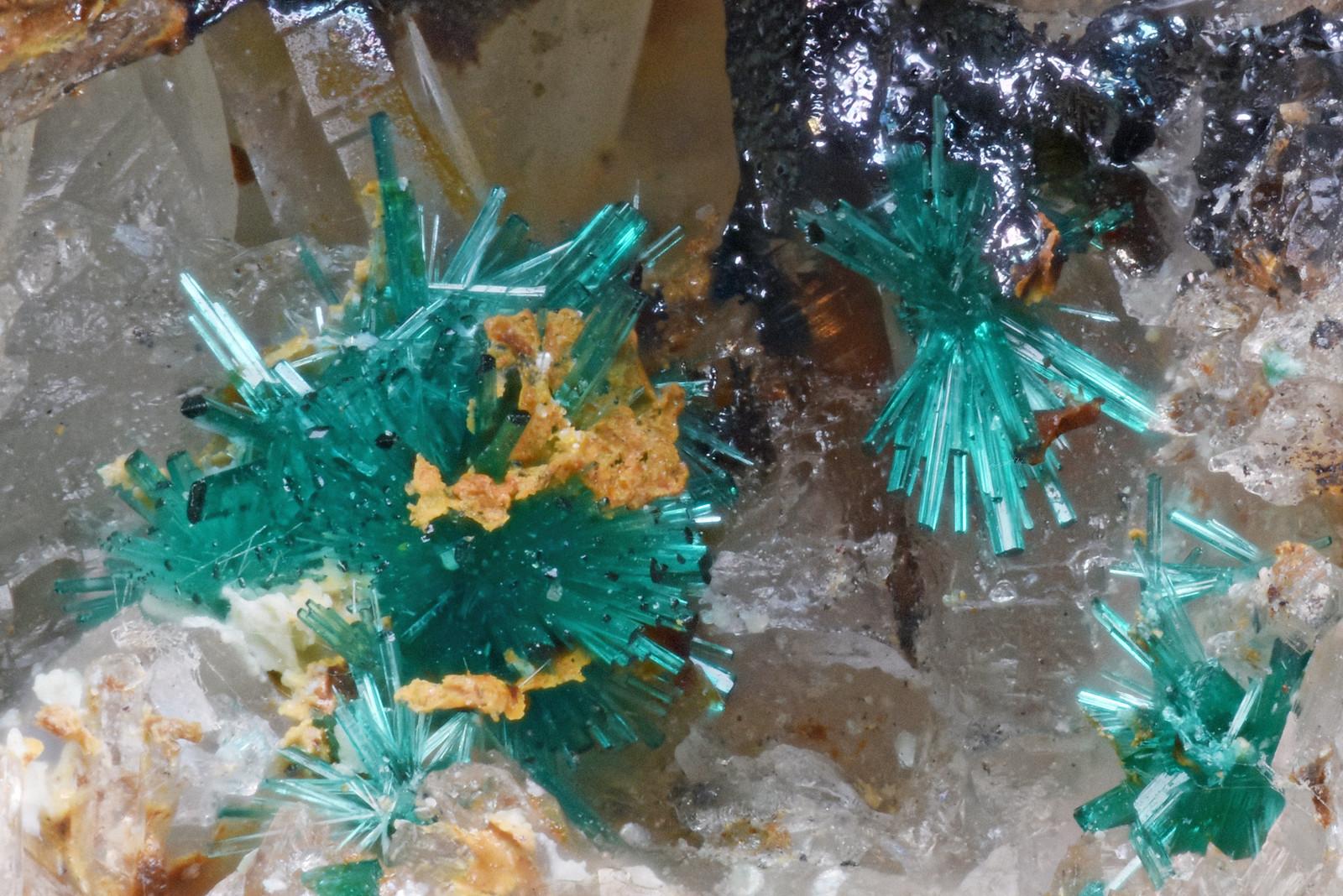 ブロシャン銅鉱 / Brochantite