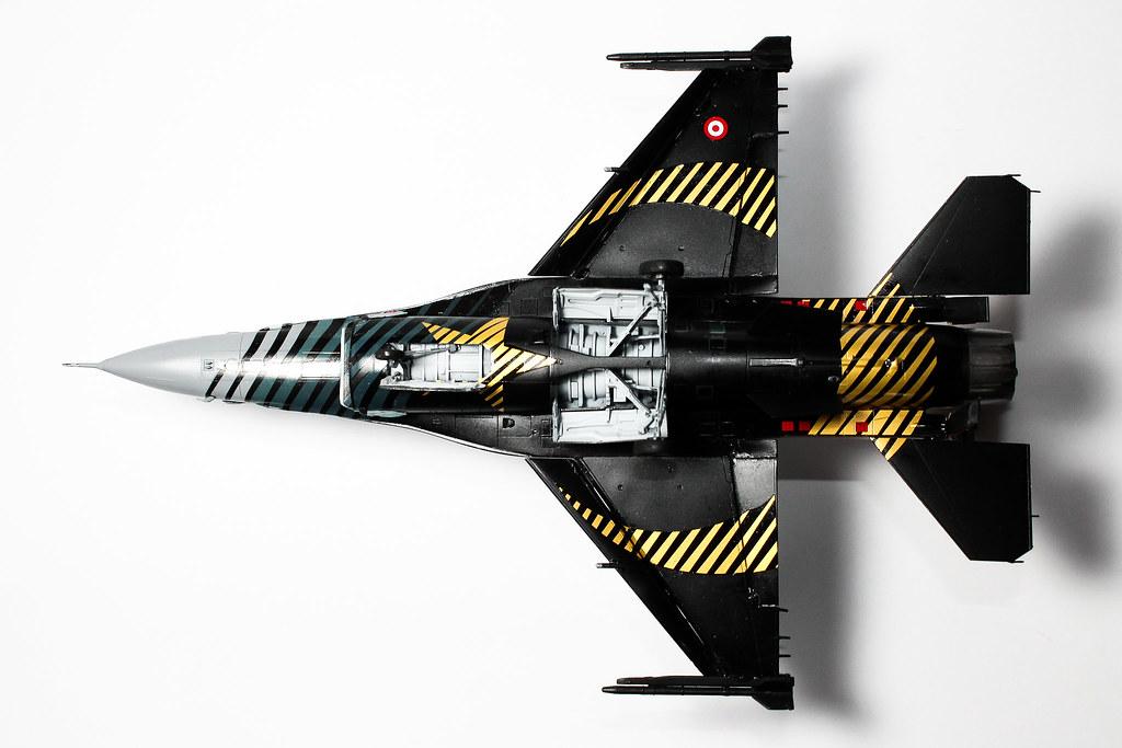 F16 SOLOTURK-17