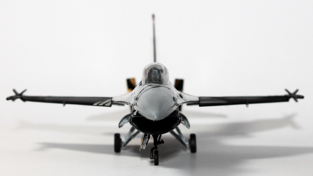 F16 SOLOTURK-9