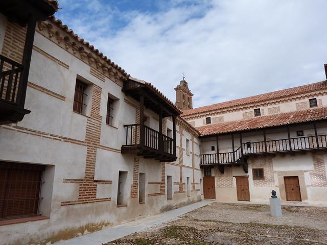 Monasterio de Nuestra Señora de Gracia en Madrigal de las Altas Torres, la cuna de Isabel la Católica