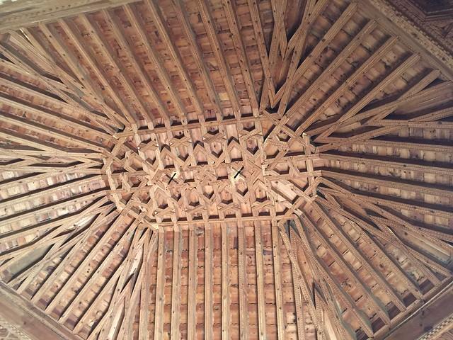 Artesonado mudéjar en la casa natal de Isabel la Católica en Madrigal de las Altas Torres (Ávila)