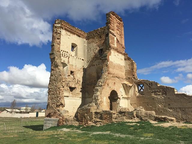 Convento San Agustín Extramuros en Madrigal de las Altas Torres (Ávila)