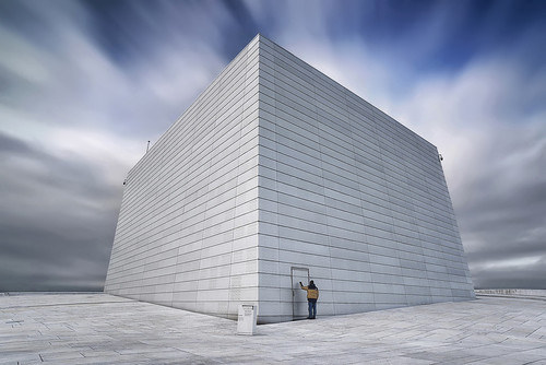 oslo opera house roof top knock long exposure lee big stopper norway uaenor2020 dscreativ nikon d810 sigma 20mm f18 ex dg asp rf