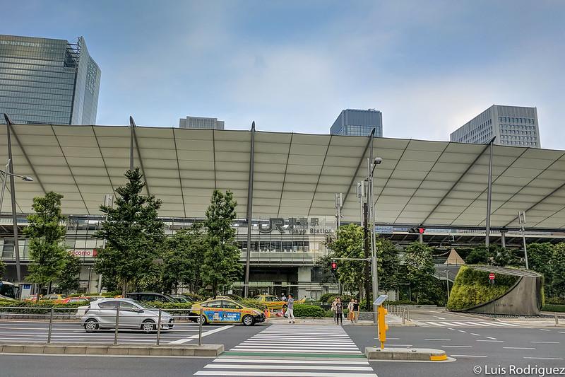 Estación de Tokio desde el lado Yaesu, con la cubierta de GranRoof