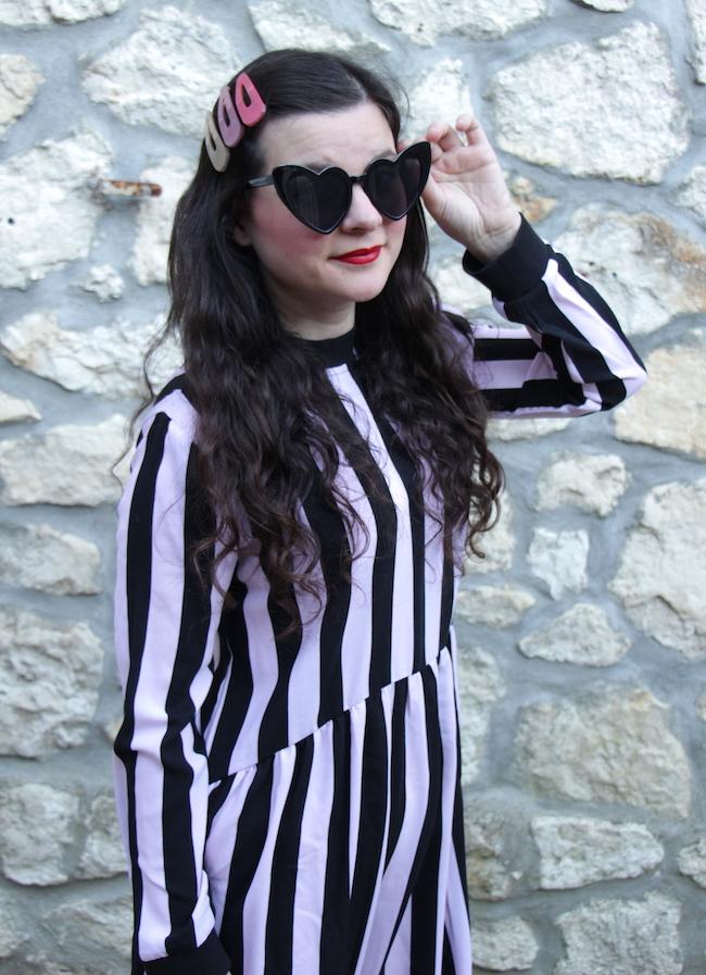 comment-porter-look-robe-longue-a-rayures-grosses-barrettes-cheveux-converse-blog-mode-la-rochelle-2