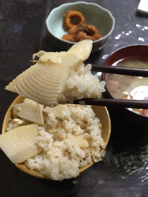 竹の子を料理する