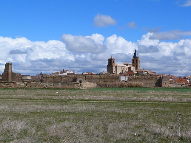 Madrigal de las Altas Torres (Ávila - Guía con los lugares que ver en la villa)