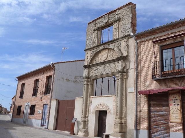 Fachada plateresca de la Casa Soto de Vergara en Madrigal de las Altas Torres