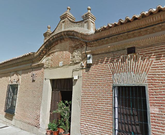 La casa de La Capilla se ubica donde antiguamente estuvo la sinagoga judía de Madrigal de las Altas Torres (Ávila)