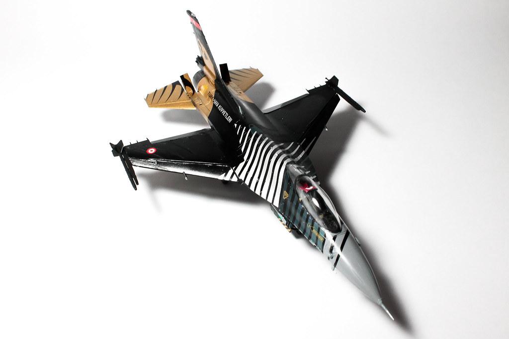 F16 SOLOTURK-13