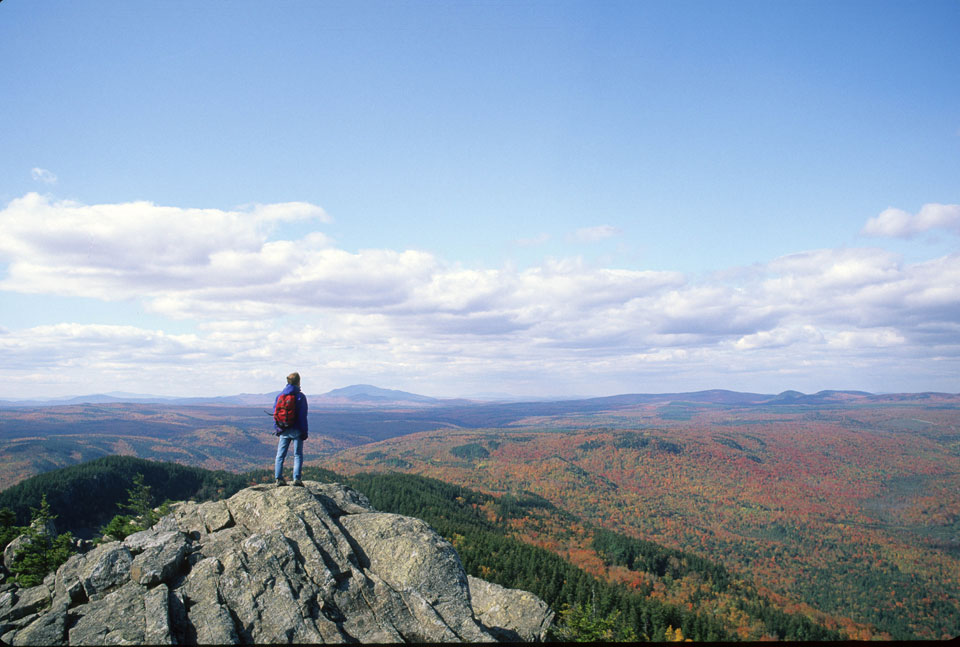 Hiker-on-top-Borestone-Mountain-Maine