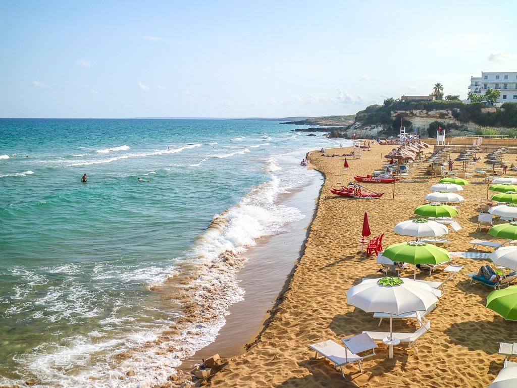 Lido de Noto en Sicilia es una de las mejores playas de la isla