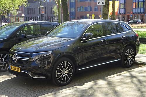 2020 Mercedes-Benz EQC 400 Photo