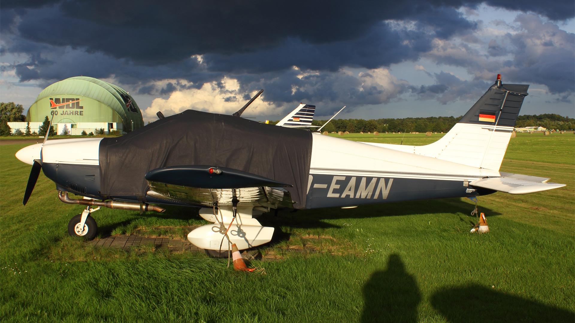 D-EAMN-1 PA28 ESS 201509