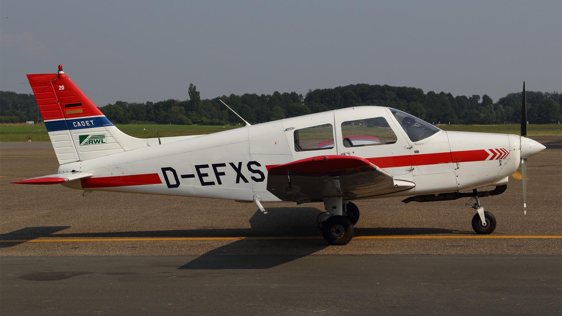 D-EFXS-1 PA28 ESS 201507