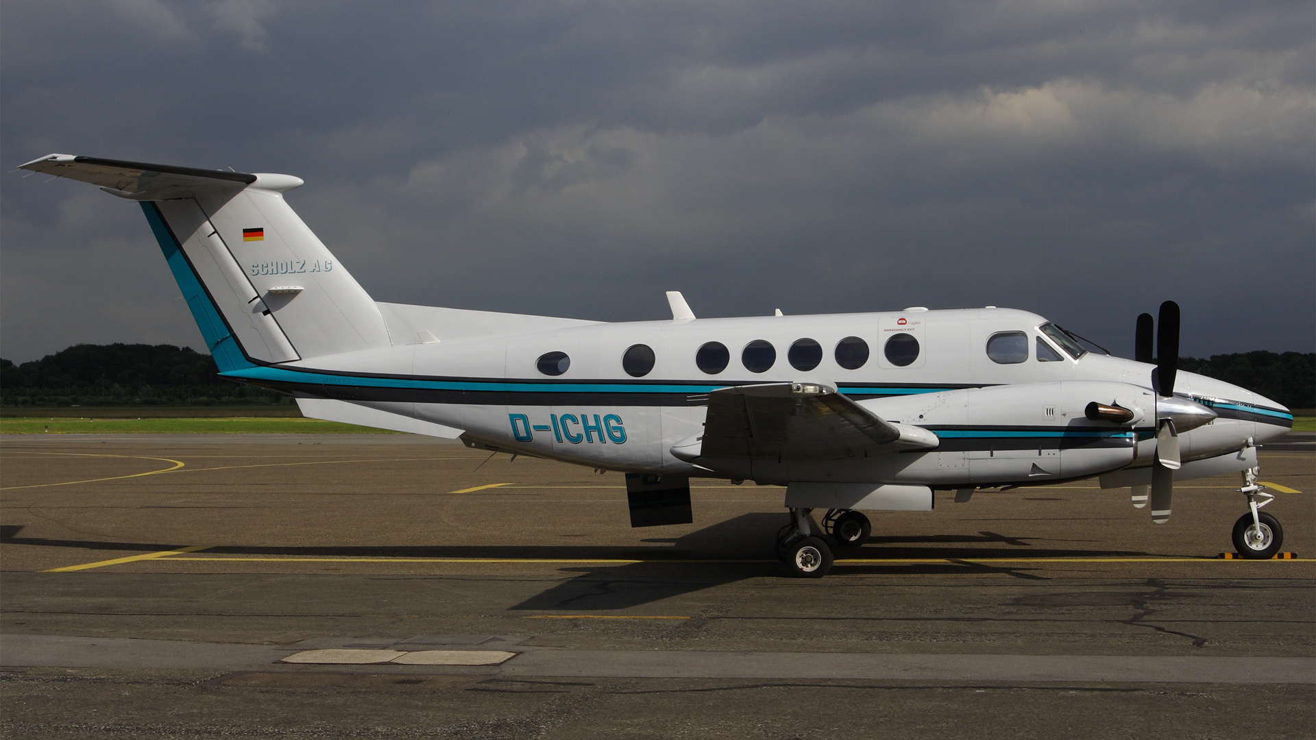 D-ICHG-1 B200 ESS 200806