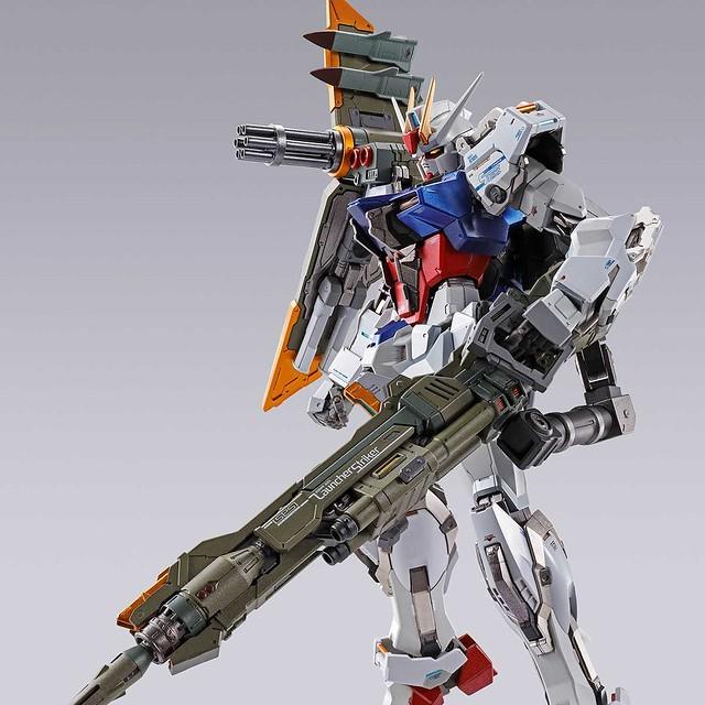 完美攻擊即將現身!?METAL BUILD 《機動戰士鋼彈SEED》重砲型 / 翔翼型 / 巨劍型 / 攻擊者背包(ランチャー / エール / ソードストライカー)商品情報公開