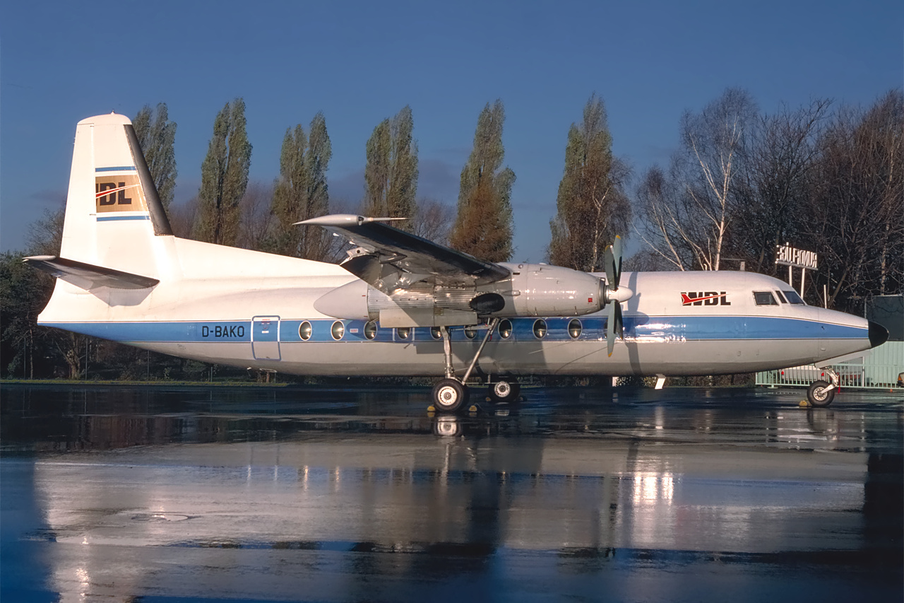 D-BAKO-1 F27 ESS 198901