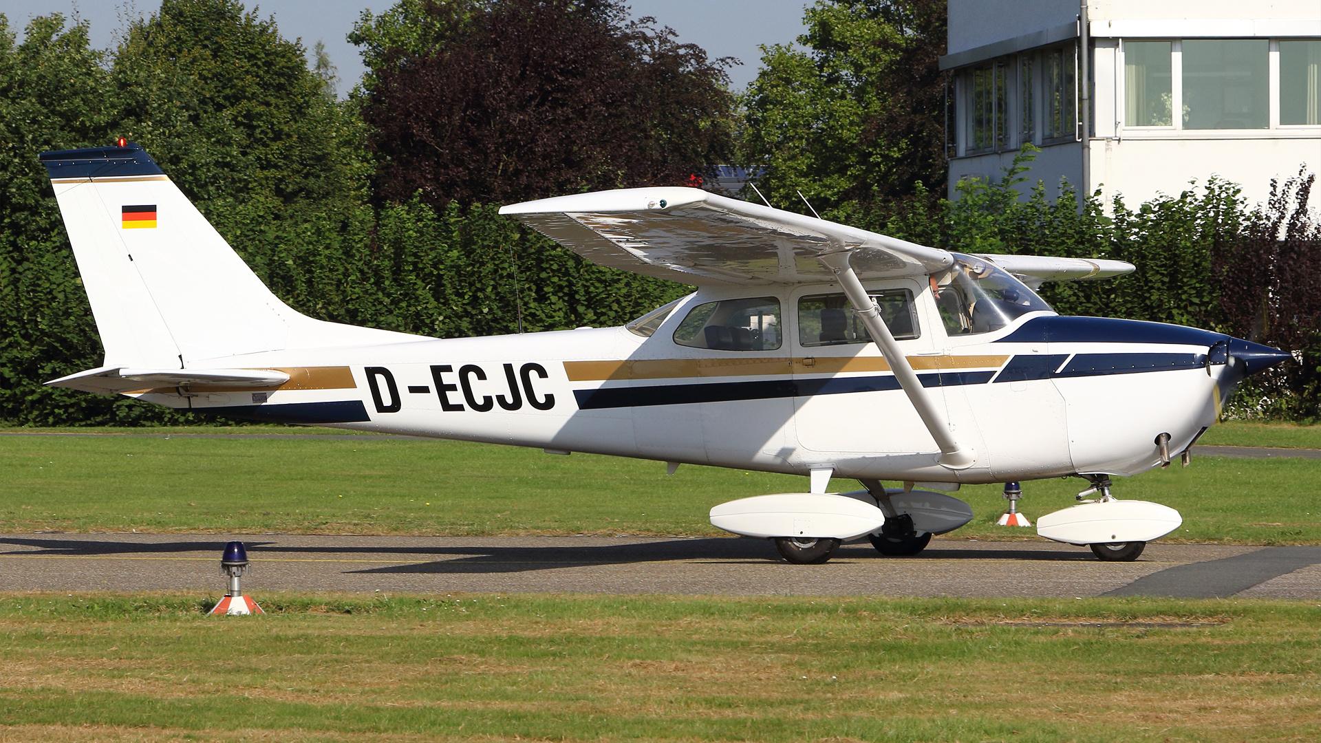 D-ECJC-1 C172 ESS 201609