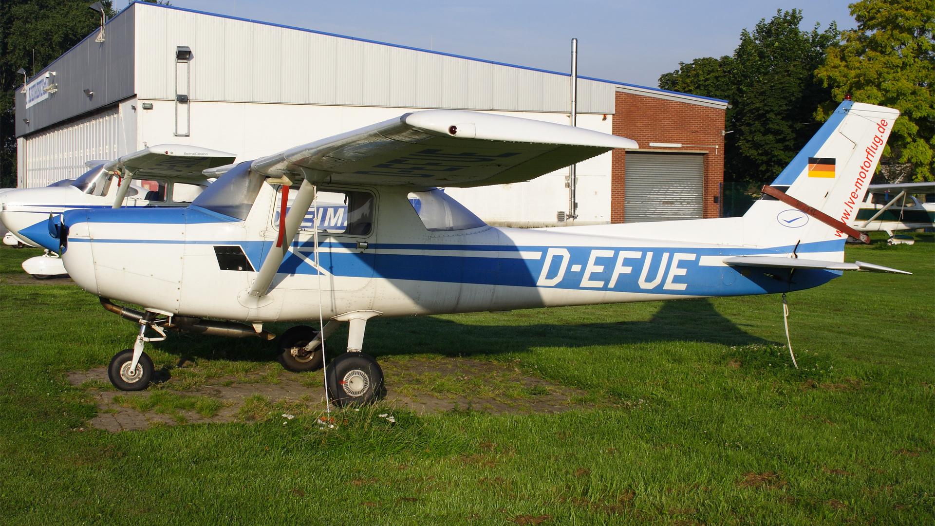 D-EFUE-1 C152  ESS 200808
