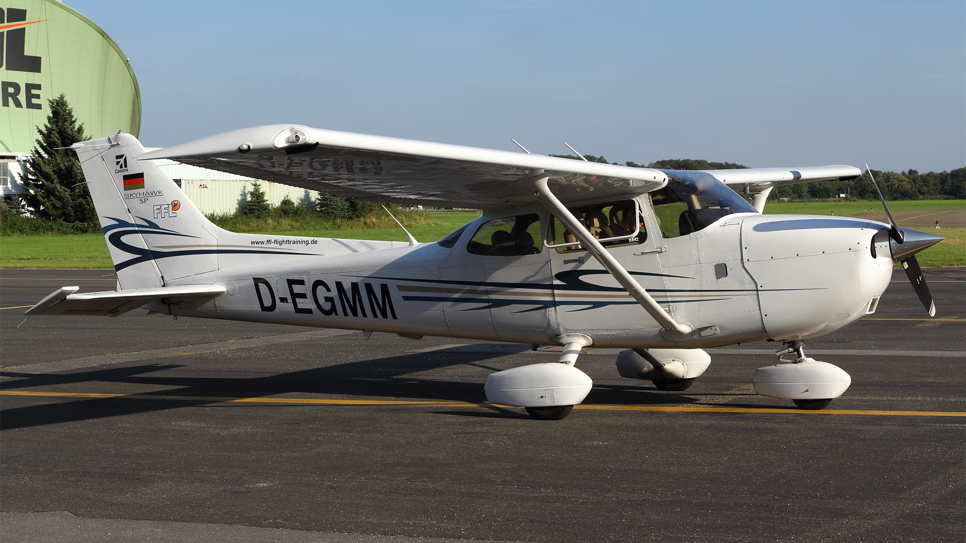 D-EGMM-1 C172 ESS 201609