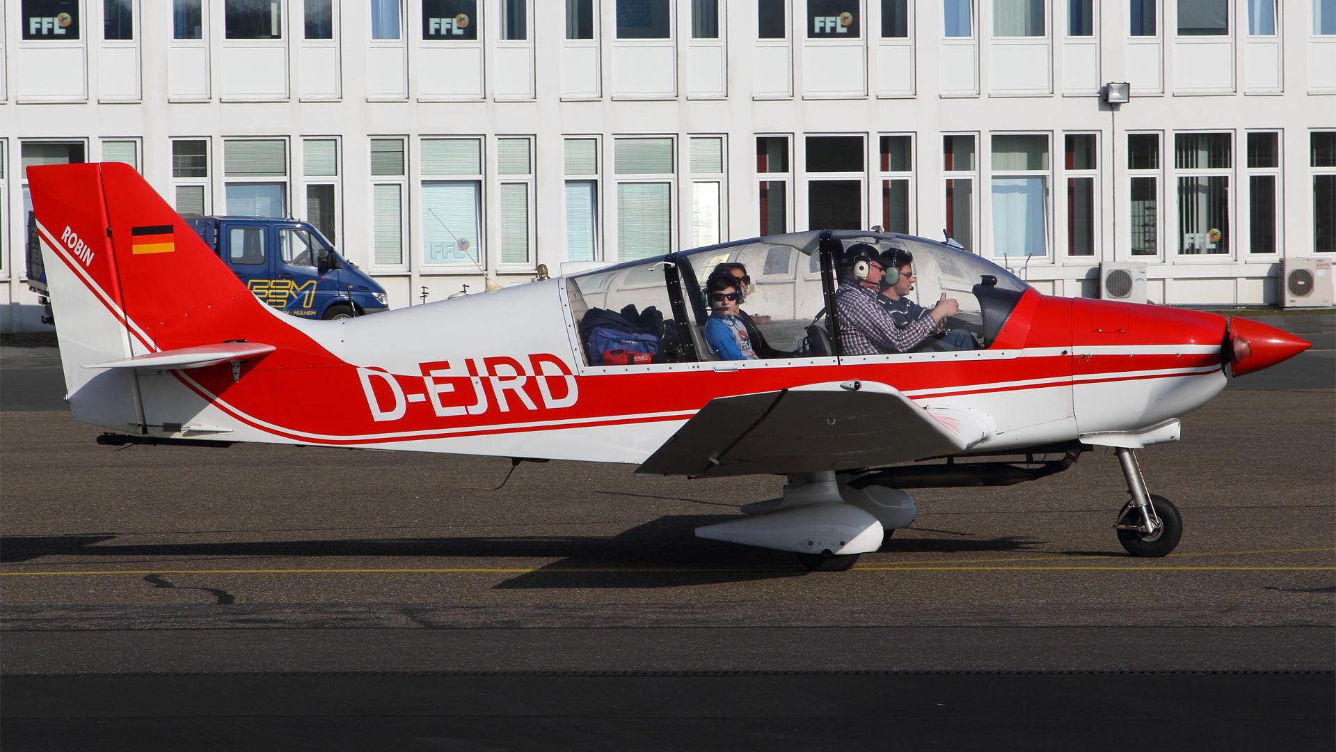D-EJRD-1 DR400 ESS 201504