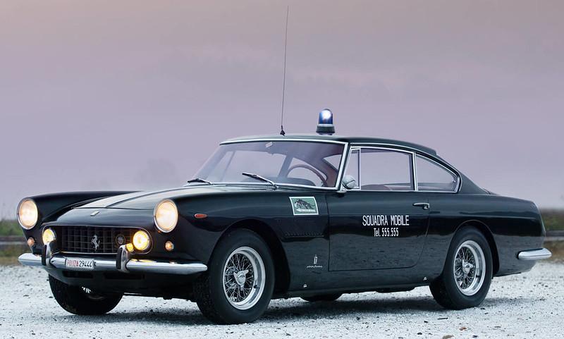 ferrari-250-gte-police-car (8)