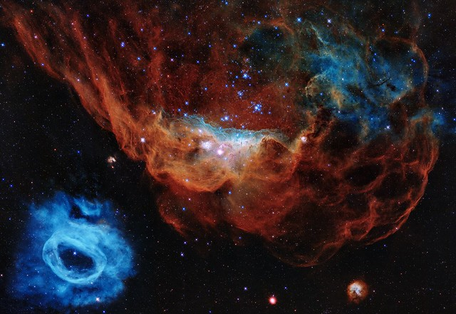 Hubble Marks 30 Years in Space With Tapestry of Blazing Starbirth