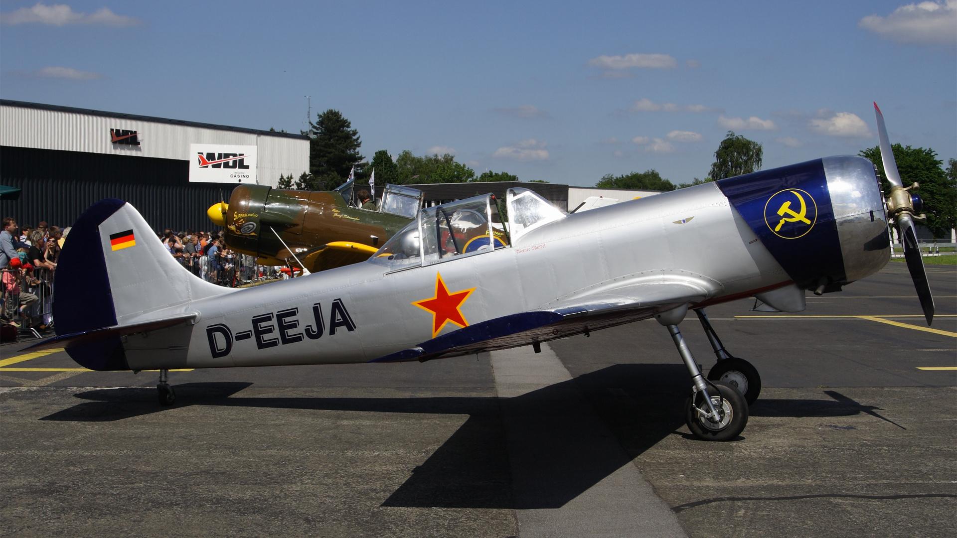 D-EEJA-1 YAK50 ESS 200806