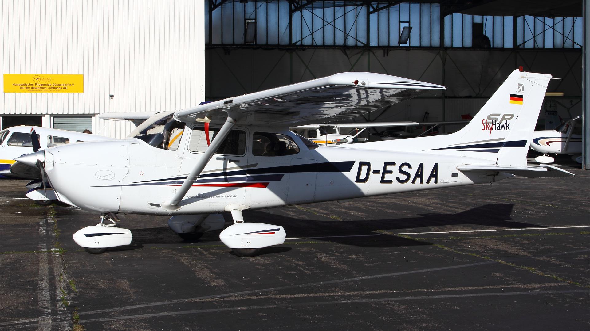 D-ESAA-1 C172 ESS 201411