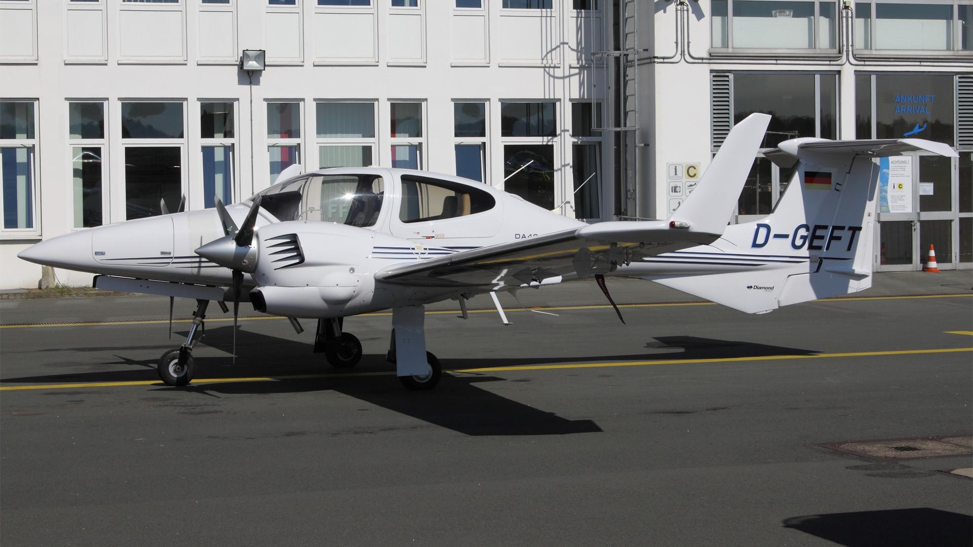 D-GEFT-1 DA42 ESS 201205
