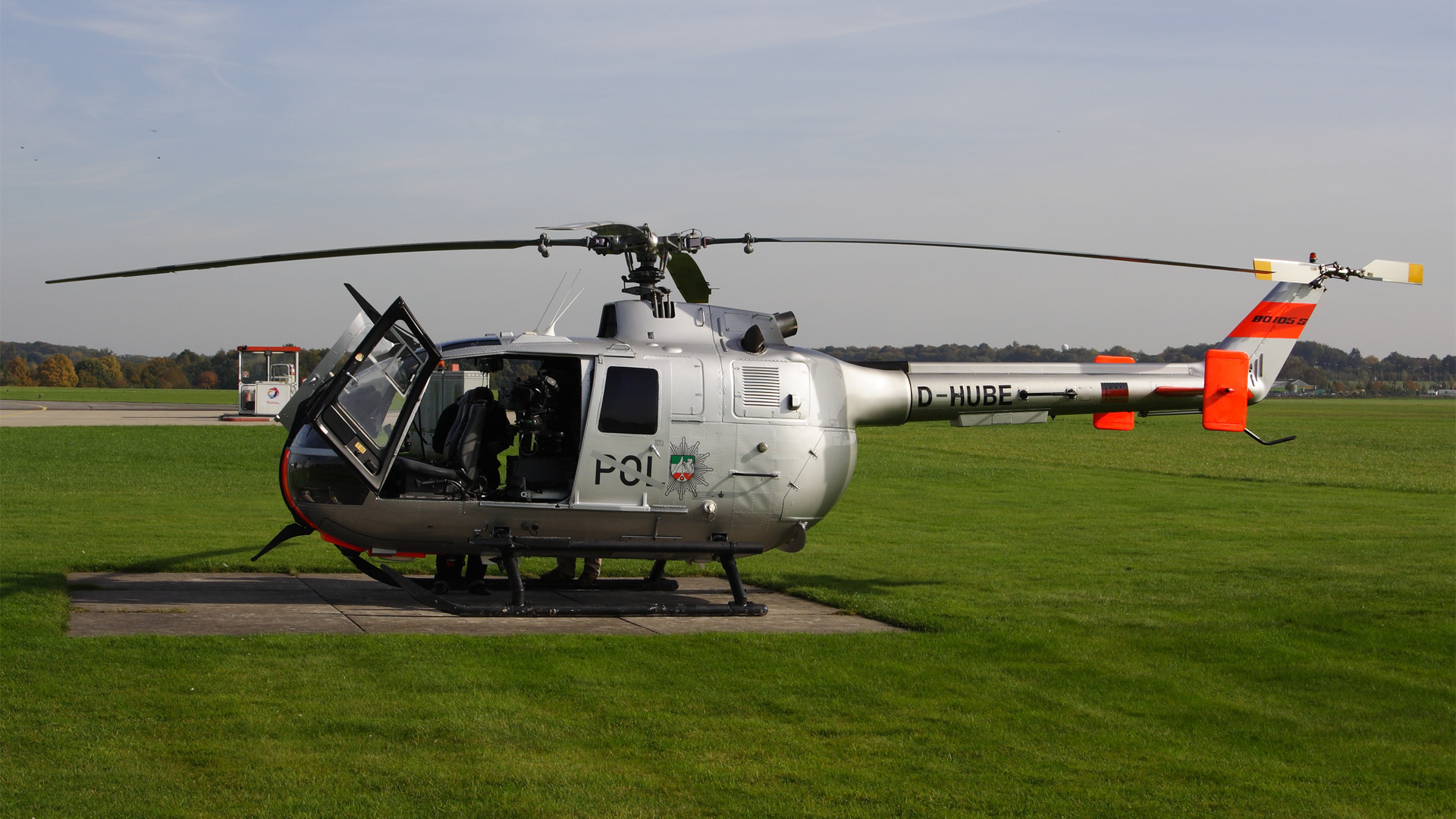 D-HUBE-1 BO105 ESS 200810