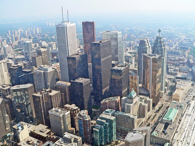 Canada, Toronto, la Tour CN, l'ascenceur qui vous enméne à 360m