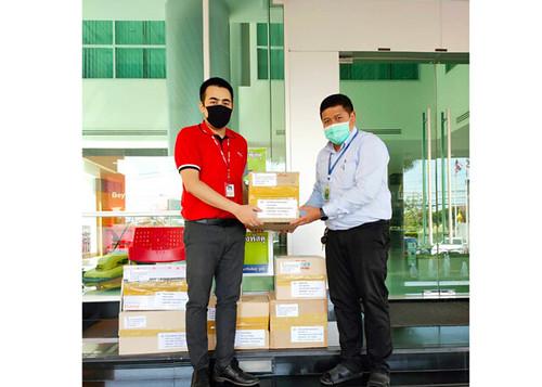 คอสโมทรัค ส่งมอบหน้ากาก Face Shield ให้กับโรงพยาบาลทางภาคใต้และอีสาน ฯ