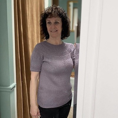 Jean has been prolific! Here is her Anker's Summer Shirt by PetiteKnit!