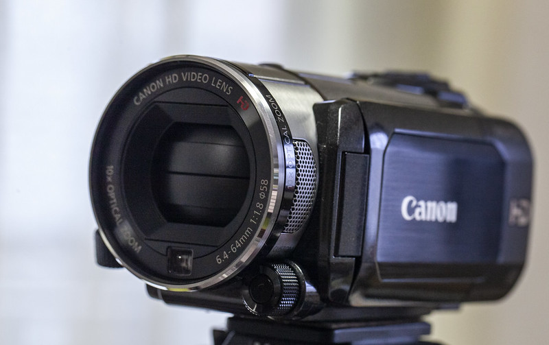 Canon_iVIS HF S21